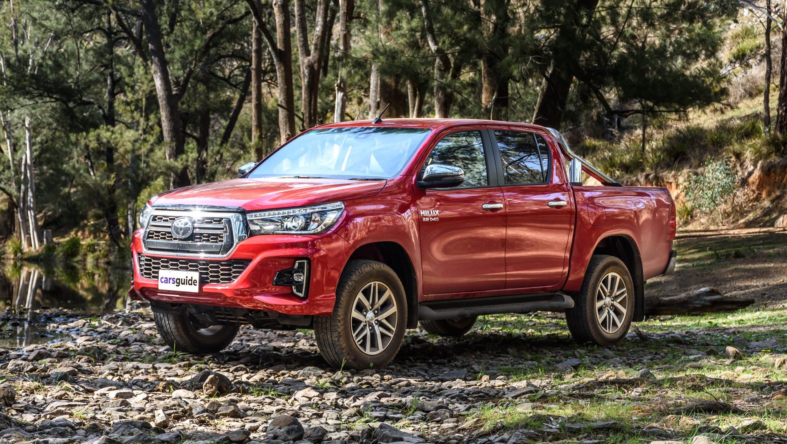 Toyota New Hilux Facelift Jagoan Armada Bisnis yang Gagah